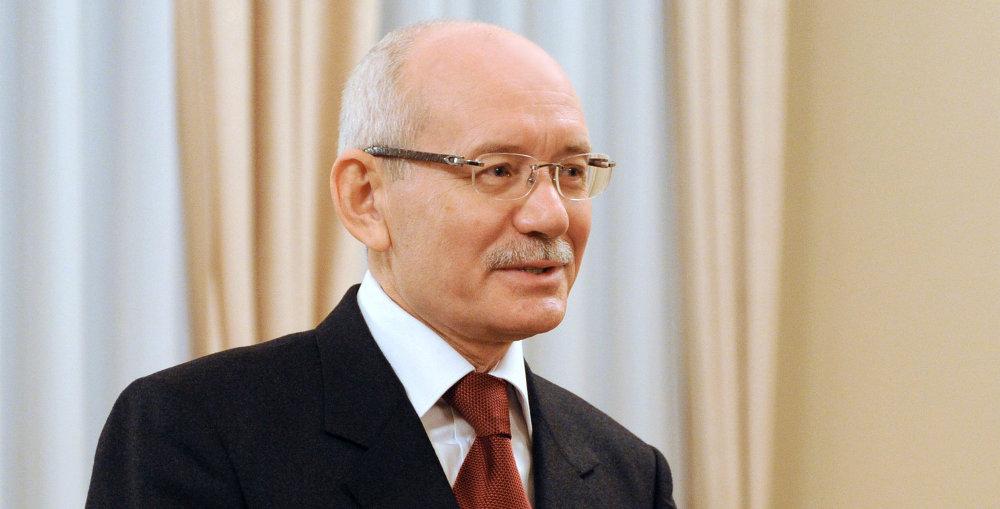 巴什科尔托斯坦共和国总统介绍上合组织和金砖国家2015年峰会筹备情况