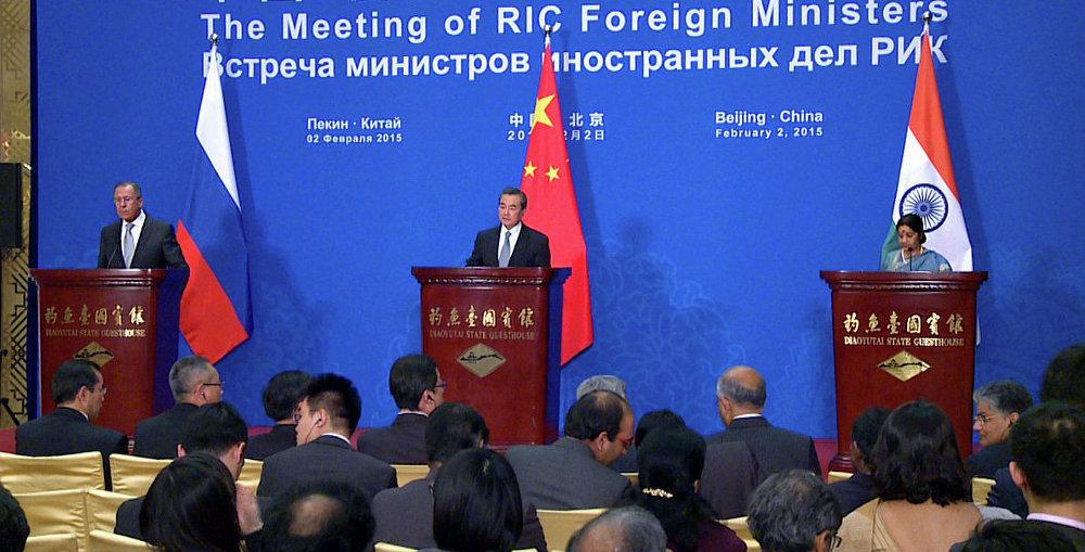 拉夫罗夫:俄中支持印度申请成为上合组织正式成员国
