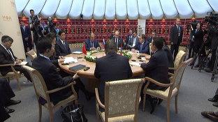 Беседа Президента России Владимира Путина Президентом Китая Си Цзиньпинем и Президентом Монголии Цахиагийном Элбэгдоржем_China