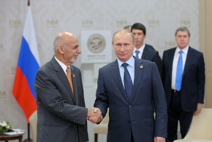 俄罗斯联邦总统普京与阿富汗总统加尼举行会谈